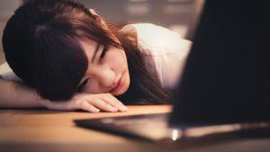 「人生に疲れる」原因を解明〜浪費を招く無知〜